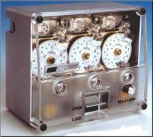 Bild: mechanisches Zeitschloss der Schweizer Firma STB
